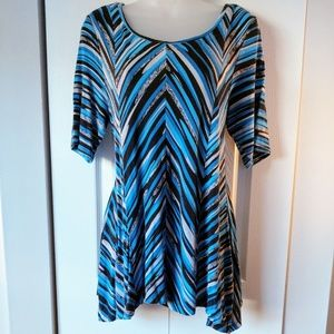 DANA BUCHMAN Blue Grey & Black Chevron Flowy Top-L